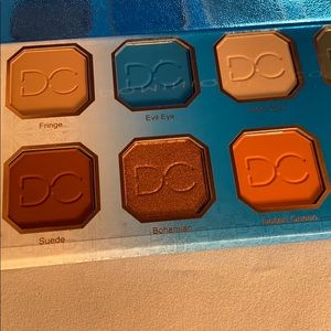 Makeup - Brand new eyeshadow pallet